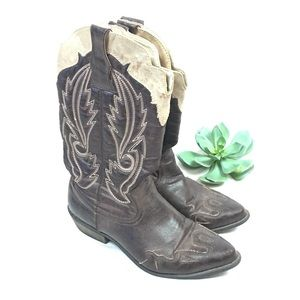Coconuts by Matisse vegan cowgirl boots